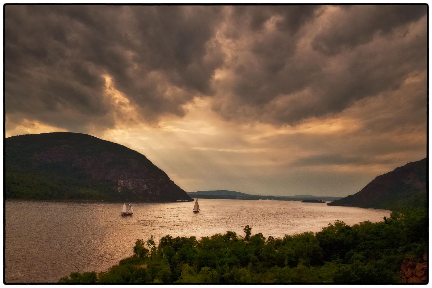 Landscape hudson valley photography websites botanical for Art and photography websites